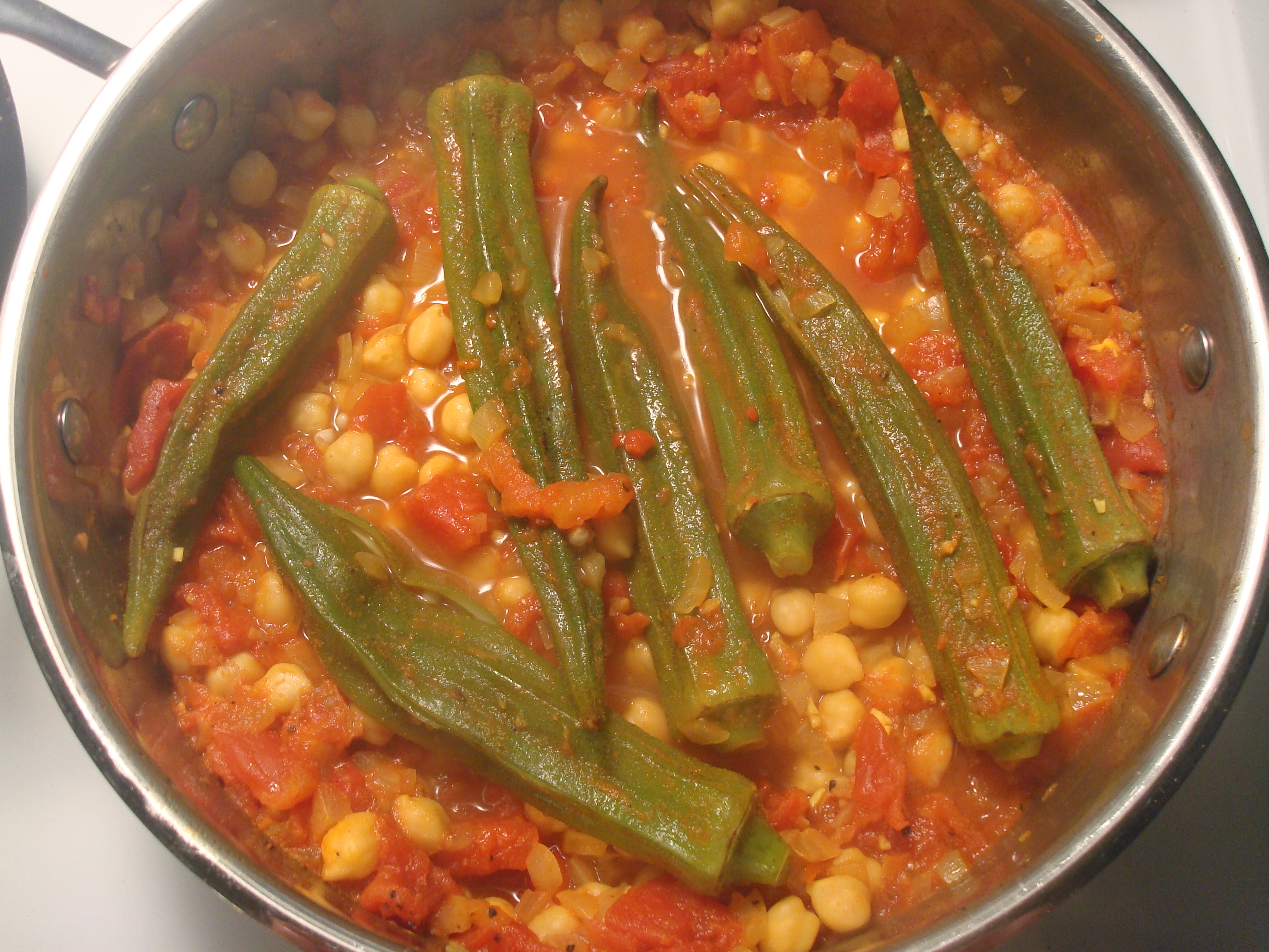 Curried Okra With Chickpeas Recipe — Dishmaps