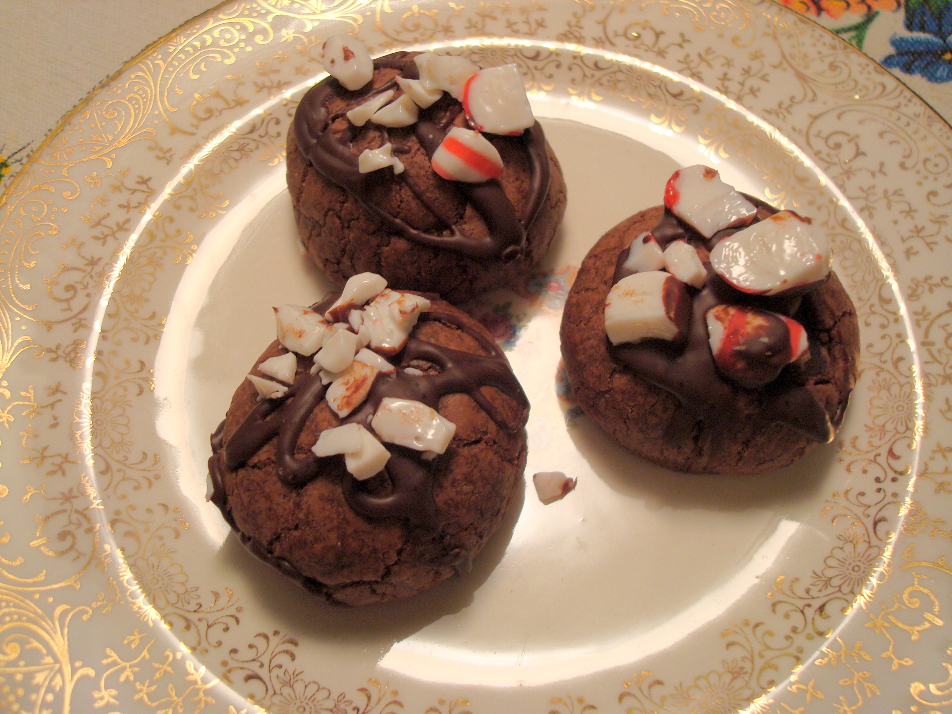 double chocolate peppermint crunch cookies | Baxter and Main